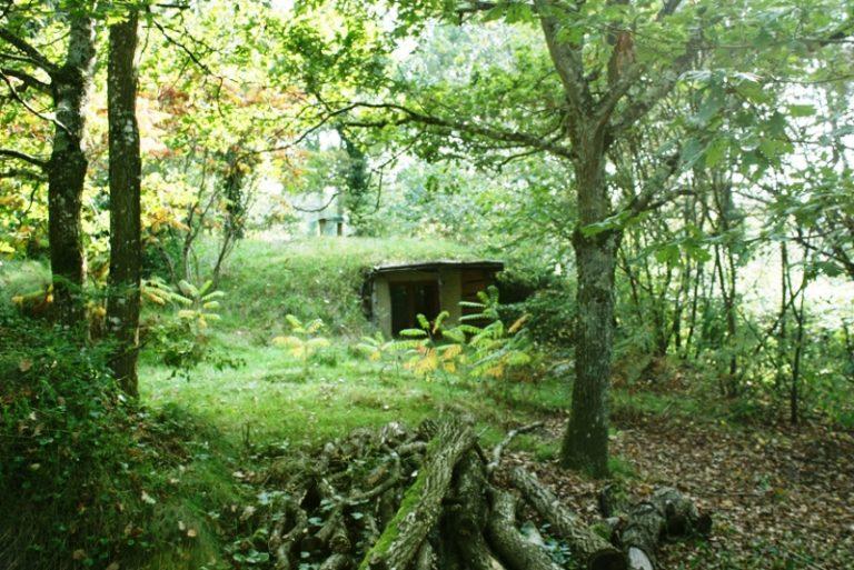 une nuit dans une maison de hobbit a drache en nord. Black Bedroom Furniture Sets. Home Design Ideas