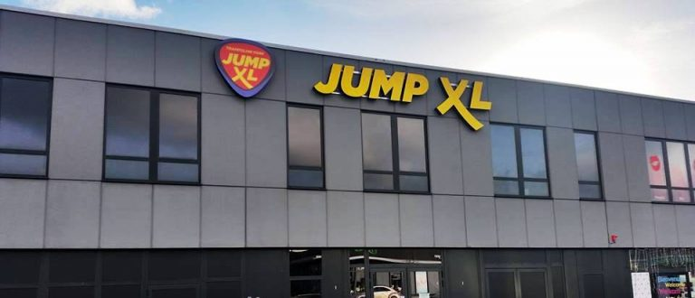 direction jump xl le trampoline park de la m tropole. Black Bedroom Furniture Sets. Home Design Ideas