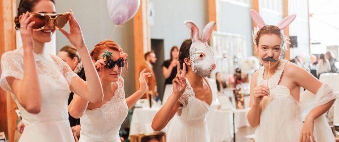 weird_wedding_fair_10